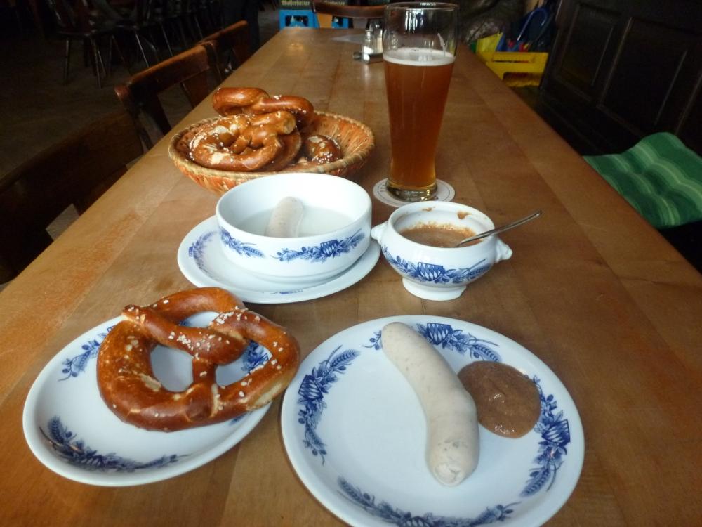 4.Brezn, Bier, Senf & Co. (1/6)